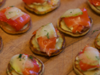 smoked-salmon-blinis-tiritiri-kitchen