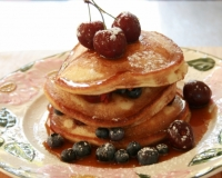 Blueberry & cherry-pancakes
